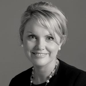 Dr. Janice Brady, Consultant Ophthalmic Surgeon, Eye and Face Clinic